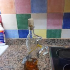 Botellas antiguas: BOTELLA PARA MISTELA. Lote 46883498