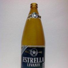 Botellas antiguas: ANTIGUA BOTELLA DE CERVEZA ESTRELLA DE LEVANTE ETIQUETA EN PAPEL. 1 LITRO.. Lote 46973176
