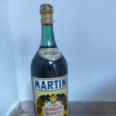 Botellas antiguas: VERMOUTH MARTINI ROSSI. 5 LITROS. 5CM ALT. MUY DIFICIL DE ENCONTRAR. Lote 47660002