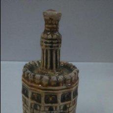 Botellas antiguas: BOTELLA PEQUEÑA. ANIS CAZALLA.(JOSE CALVO ).TORRE DEL ORO.. Lote 92297574
