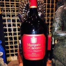 Botellas antiguas: BOTELLA DE VINO MARQUES DE CACERES (12 LITROS). Lote 47867563