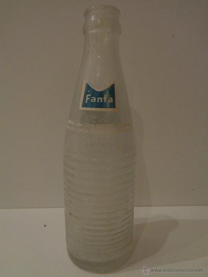 Botellas antiguas: Botella fanta serigrafiada años 70 - Foto 2 - 48506846