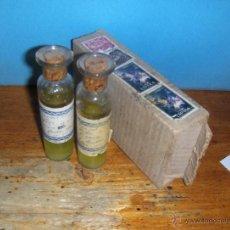 Botellas antiguas: CAJA FRANQUEADA CON DOS ANTIGUAS MUESTRAS DE ACEITE.. Lote 49134462