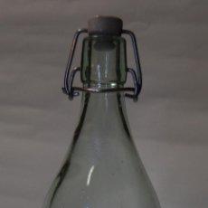 Botellas antiguas: BOTELLA DE GASEOSA LA PILARICA DE EL FERROL. Lote 49289768