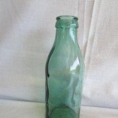 Botellas antiguas: ANTIGUA BOTELLA CRISTAL VERDE CRISTAL SOPLADO Y PRENSADO CONSERVAS DE TOMATE O LECHE. Lote 49291565