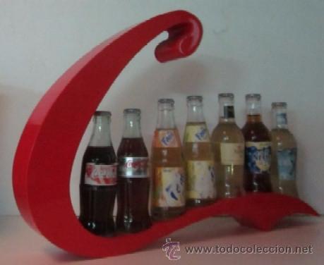 Botellas antiguas: EXPOSITOR CON SIETE BOTELLAS DE REFRESCO - AÑOS 70 - Foto 4 - 49485535