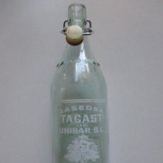 Botellas antiguas: BOTELLA 1L, GASEOSA TAGAST - DE BERGA , TAPON PASTA SIN MARCA FTE Nº 1933 LIMPIA.. Lote 49578487
