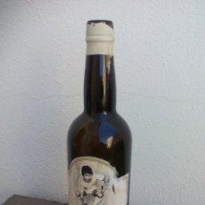 Botellas antiguas: ANTIGUA BOTELLA VACÍA DE FINO JUANITO ANTONIO BARBADILLO, SANLÚCAR DE BARRAMEDA. Lote 49894152