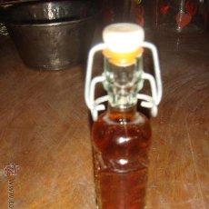 Botellas antiguas: BOTELLA DE MISTELA. Lote 29326427
