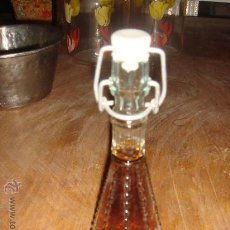 Botellas antiguas: BOTELLA DE MISTELA. Lote 29326477
