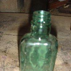 Botellas antiguas: ANTIGUA BOTELLA DE CRISTAL VERDE . AÑOS 50. Lote 27703314