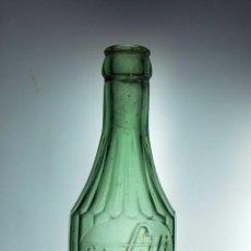 Botellas antiguas: BOTELLA DE GASEOSA RELIEVE SA GILI DE REUS // MUY BONITA. Lote 50734865