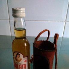 Botellas antiguas: BOTELLÍN DE RON CUBANO MULATA. Lote 51248306