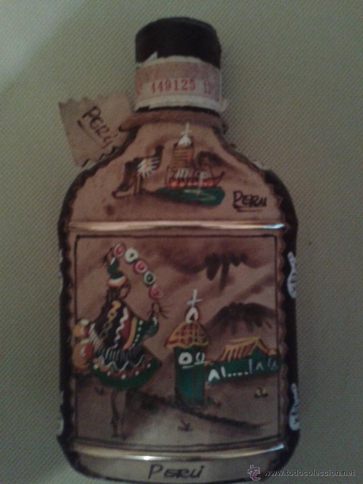 BOTELLA INKAS DE PERU,(MOSTO DE UVA)NUNCA ABIERTO,MUY BIEN DECORADA. (Coleccionismo - Botellas y Bebidas - Botellas Antiguas)
