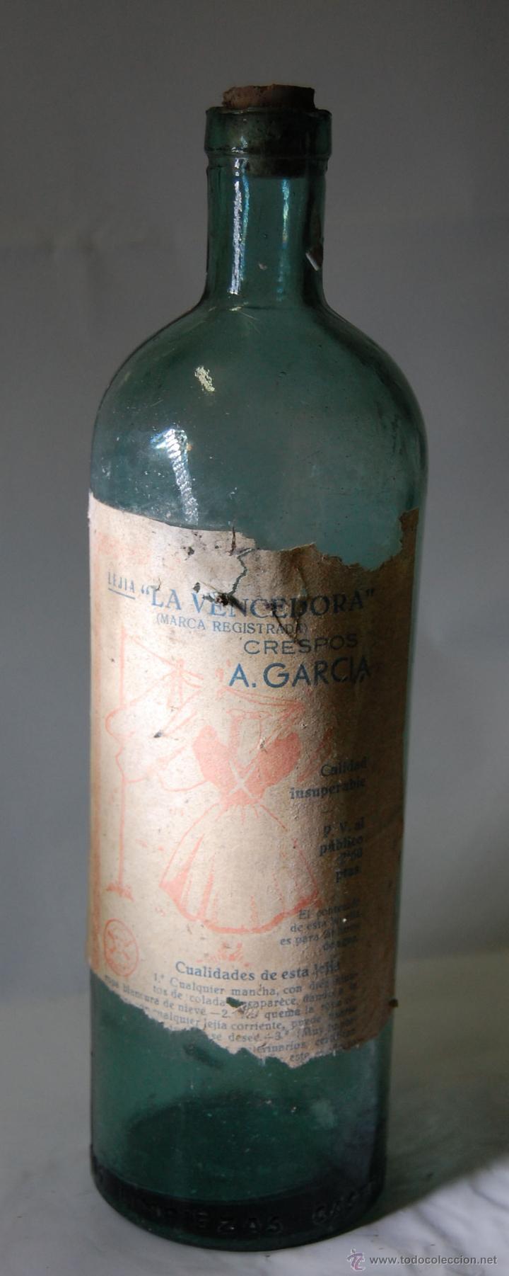 BOTELLA DE LEJÍA LA VENCEDORA CRESPOSA A. GARCÍA // AÑOS 40 (Coleccionismo - Botellas y Bebidas - Botellas Antiguas)