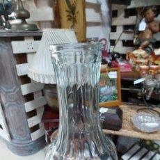 Botellas antiguas: ANTIGUA BOTELLA O BOTE DE REPOSTERIA EN CRISTAL TALLADO. Lote 52754784