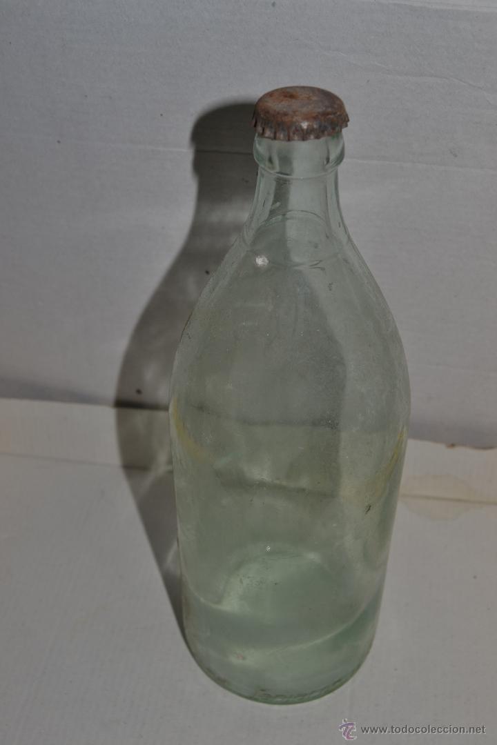BOTELLA VACÍA AGUA LANJARON (Coleccionismo - Botellas y Bebidas - Botellas Antiguas)