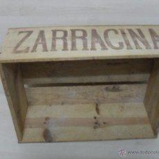 Botellas antiguas: CAJA DE MADERA ZARRACINA ,SIDRA ,CHAMPACNE 12 BOTELLAS . Lote 53173761