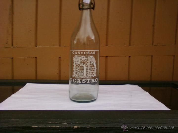 BOTELLA DE GASEOSA C. CASTRO. GOYAN (PONTEVEDRA) (Coleccionismo - Botellas y Bebidas - Botellas Antiguas)