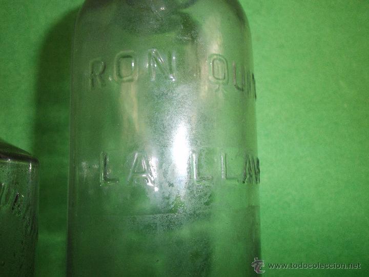Botellas antiguas: Lote antigua botella CRUSELLAS HERMANOS FLORA CUBANA La Habana ron quina LOCION CABELLO BARBERIA - Foto 2 - 54079984