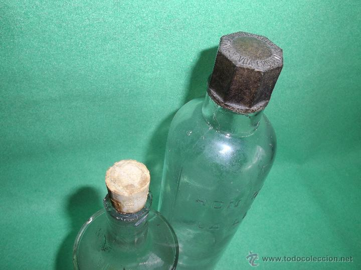 Botellas antiguas: Lote antigua botella CRUSELLAS HERMANOS FLORA CUBANA La Habana ron quina LOCION CABELLO BARBERIA - Foto 4 - 54079984