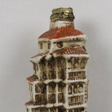 Botellas antiguas: BOTELLA DE LICOR EN CRISTAL LACADO Y POLICROMADO. DESTILERIA ORTEGA. CUENCA. MED. S XX.. Lote 46252838