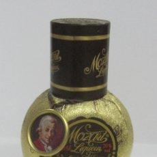 Botellas antiguas: BOTELLIN. LICOR MOZART. 5CL.. Lote 54868924
