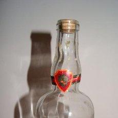 Botellas antiguas: BOTELLA DE LICOR CUARENTA Y TRES. BOTELLA GRANDE VACIA. ELABORADO POR DIEGO ZAMORA CONESA, CARTAGENA. Lote 56177537