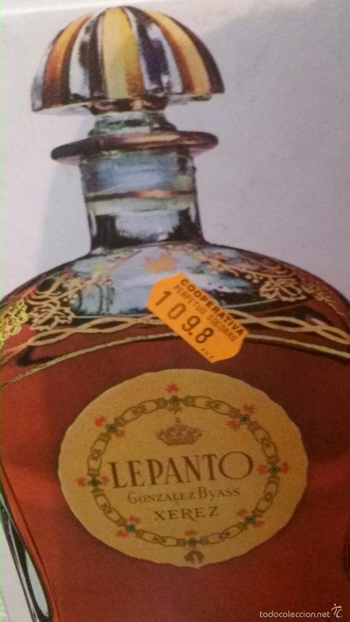Botellas antiguas: BOTELLA BRANDY VACIA, CON TAPÓN CRISTAL,CAJA FIELTRO Y CARTÓN, MUY ANTIGUA, CON PRECINTO DE 4 PTS - Foto 3 - 56242377