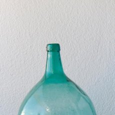 Botellas antiguas: ANTIGUA DAMAJUANA EN CRISTAL SOPLADO DE GRAN TAMAÑO. Lote 56945237