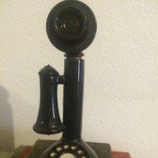 Botellas antiguas: BOTELLA DE PORCELANA CON FORMA TELÉFONO ANTIGUO. Lote 57181201