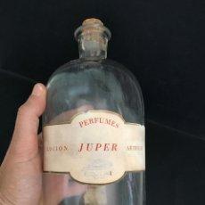 Botellas antiguas: ANTIGUA BOTELLA DE COLONIA LOCION ARTIFICIO - PERFUMES JUPER BARCELONA. PARA LA VENTA A GRANEL. Lote 57303631