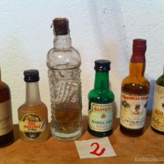 Botellas antiguas: OFERTON BONITO LOTE DE 6 MINI BOTELLAS DE DIFERENTES LICORES PARA COLECCION(2). Lote 57678365