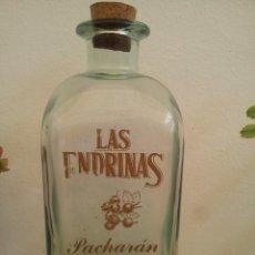 Botellas antiguas: GRAN BOTELLA DE PACHARÁN LAS ENDRINAS. CAPACIDAD 300 CL. Lote 57762450