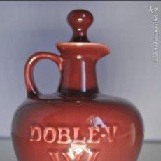 Botellas antiguas: WHISKY DOBLE-V - SELECTED WHISKY (VACÍA). Lote 58337624