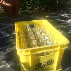 Botellas antiguas: BOTELLAS DE FANTA. Lote 58615358