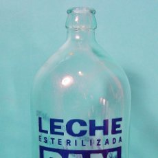 Botellas antiguas: BOTELLA DE VIDRIO DE LECHE RAM DE 1000 CC. BUEN ESTADO. Lote 62803012