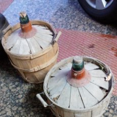 Botellas antiguas: PAREJA DE ANTIGUAS GARRAFAS . APROXIMADAMENTE 15 LTS.. Lote 63458468