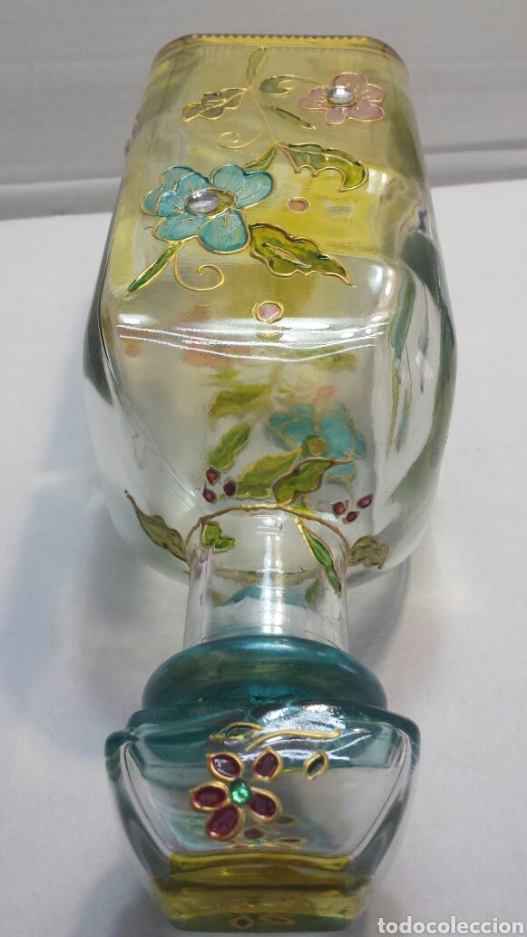 Botellas antiguas: Botella artística Antigua y rara decorada a mano con adornos sobrepuestos y firmada - Foto 3 - 63464950