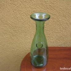 Botellas antiguas: BOTELLA DE CRISTAL SOPLADO PARA EL VINO M: 26 CM.. Lote 65943102
