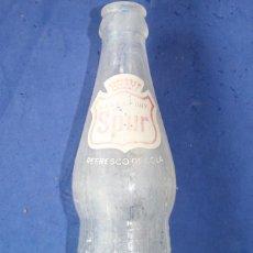 Botellas antiguas: BOTELLA ORIGINAL DE SPUR , CÁNADA DRY, SABOR COLA. AÑOS 60. Lote 67956041