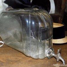 Botellas antiguas: DISPENSADOR DE PERFUME, COLONIA, ANTIGUA TIENDA, PRINCIPIOS SIGLO XX, MUY RARO, CRISTAL SOPLADO. Lote 68010157