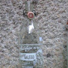 Botellas antiguas: GASEOSA LITRO ' GALEGO ' VIGO ,TAPON PASTA MISMA MARCA, JUNTA NUEVA. Lote 70143873
