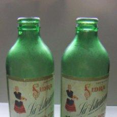 Botellas antiguas: 2 BOTELLAS DE SIDRA ASTURIANA VACIAS. Lote 75899667