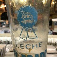 Botellas antiguas: ANTIGUA BOTELLA DE LECHE EL PRADO. Lote 82409968