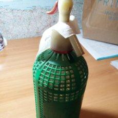 Botellas antiguas: BOTELLA SIFON AGUA DE SELTZ, LA REVOLTOSA. Lote 85171604