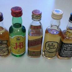 Botellas antiguas: COLECCION BOTELLITAS DE WHISKY CARDHU, JACK DANIEL'S CHIVAS REGAL, JB, LONG JOHN, JOHNNIE WALKER , T. Lote 85607534
