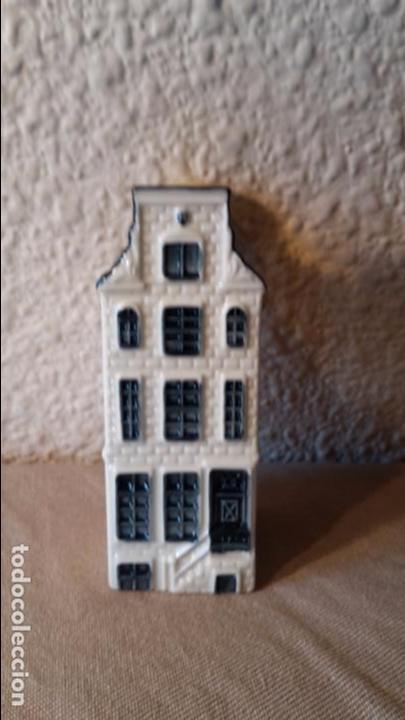 CASITA BOTELLA EN CERÁMICA DE DELFTS NUMERO 68 (Coleccionismo - Botellas y Bebidas - Botellas Antiguas)