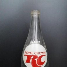 Botellas antiguas: ANTIGUA BOTELLA SERIGRAFIADA DE 1 LITRO DE GASEOSA REFRESCO RC ROYAL CROWN. Lote 89416944