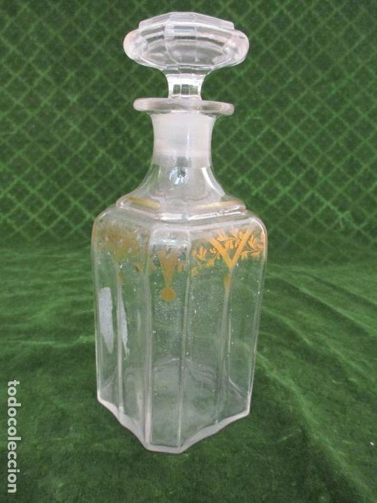 ANTIGUA BOTELLA LICORERA - LICOR - CRISTAL - CON RIBETES DORADOS - PRINCIPIOS S. XX (Botellas y Bebidas - Botellas Antiguas)